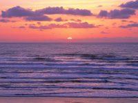 Отдыхающий сфотографировал закат